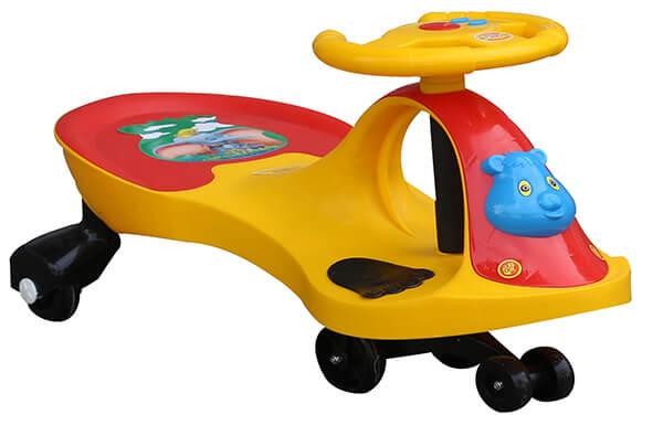 xe lắc trẻ em